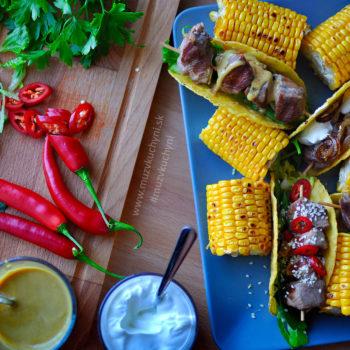 bravčový špíz, tacos, recept, grilovaný špíz, grilovaná kukurica, chilli, smotana, mexický recept, mexická kuchyňa