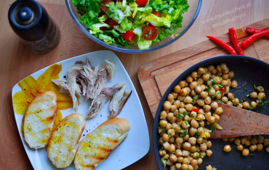 recept, cícer, šalát, makrela, večera, jednoduchý, rýchla, zdravý, chutný