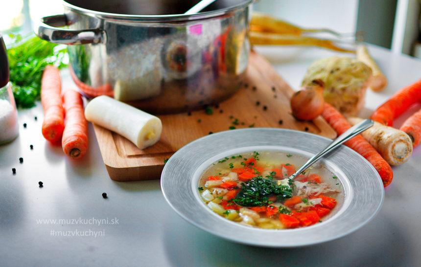 vývar, hovädzí, kurací, zelenina, recept