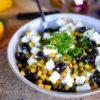 Olivový šalát s balkánskym syrom