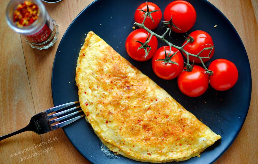 Chilli-omeleta so syrom